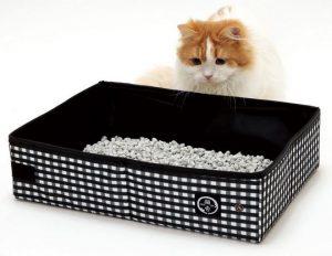 Lettiera da viaggio per gatti ottima per le vacanze for Migliore lettiera per gatti